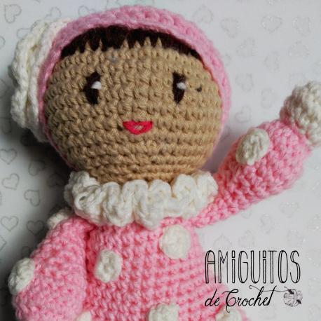 Muñeca Estrella saludando